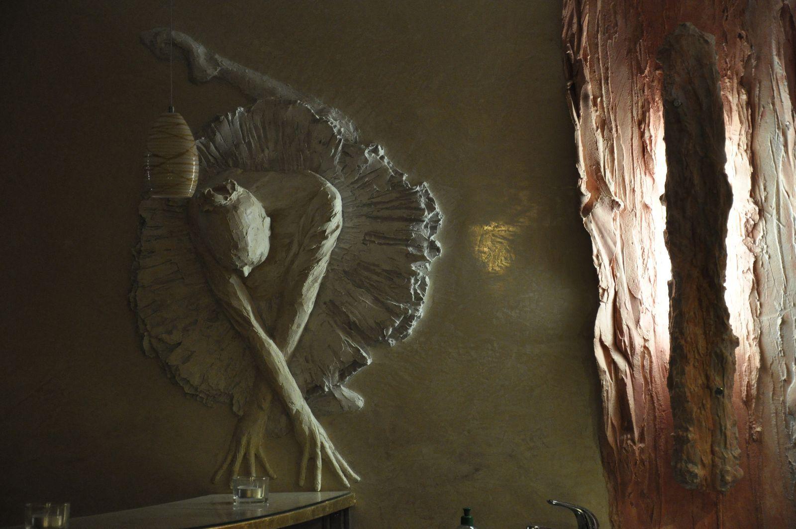 Ballettfigur mit Tuetue - Reliefbeleuchtung